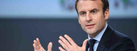 Gilet gialli, ultime notizie: Macron lancia due mesi di dibattito nazionale