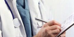 Mal di gola forte e tosse: rimedi naturali, farmaci adatti e