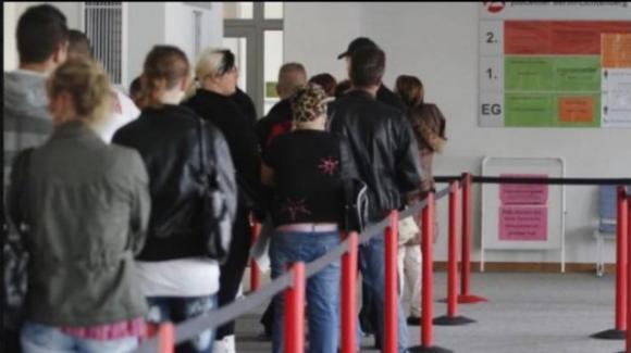 Reddito di cittadinanza: importo ridotto a 390 €, l'analisi dei fondi