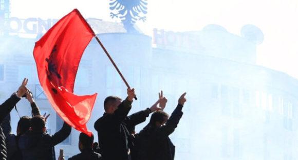 Albania opposizione chiede nuove elezioni, Rama non cede