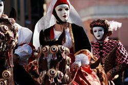 Carnevale di Viareggio 2019: data, carri e programma. Quand'è martedì grasso