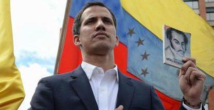 Venezuela, esercito blocca primi aiuti umanitari internazionali