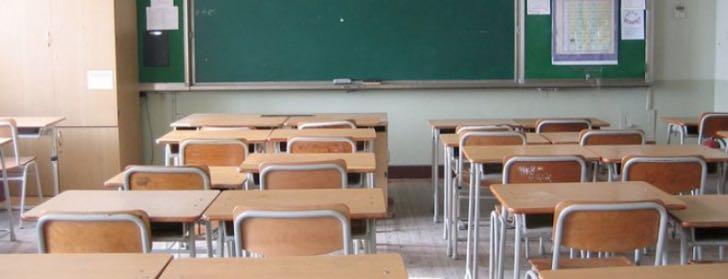 Aumento stipendio docenti: accordo governo-sindacati, stop allo sciopero