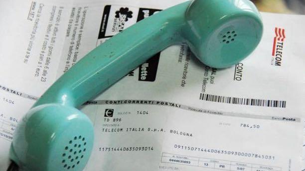 Bolletta telefono non pagata: black list cattivi pagatori. Come funziona