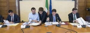 """Governo ultime notizie: Di Maio chiede a Salvini un """"chiarimento politico"""""""