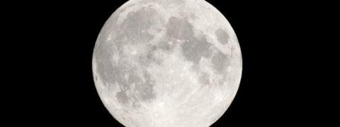 Luna Rosa 2019: quando vederla in Italia, orario e perché cambia colore