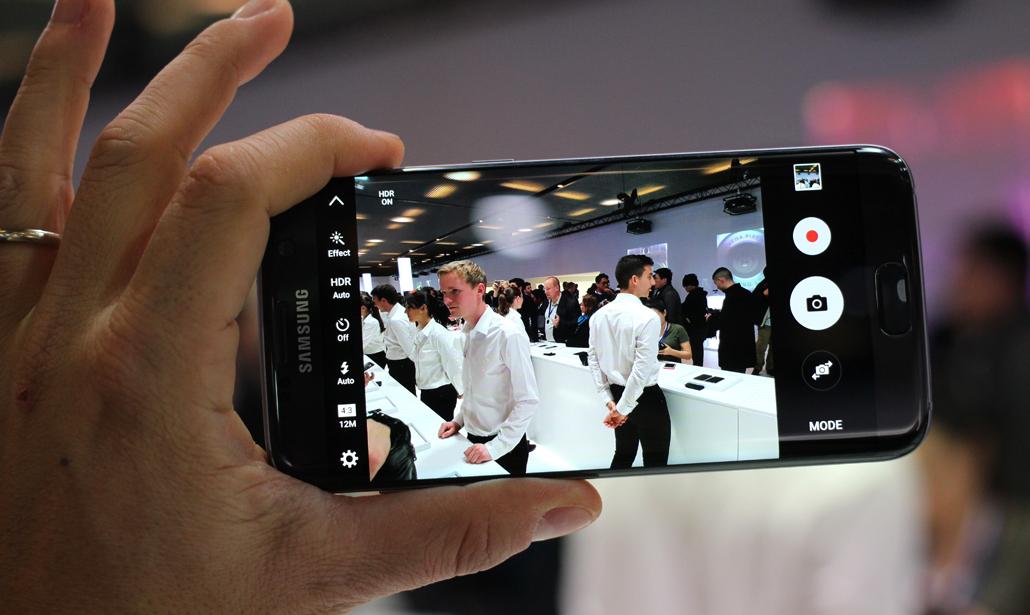 Samsung Galaxy: app camera, arriva la modalità notte. Cosa cambia