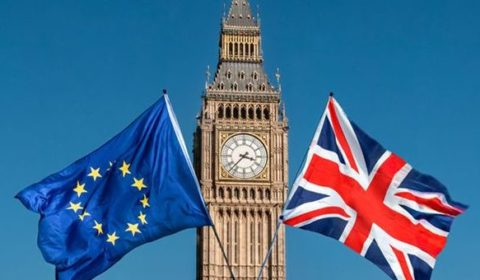 Brexit, ultime notizie: May offre nuovo referendum, reazioni gelide