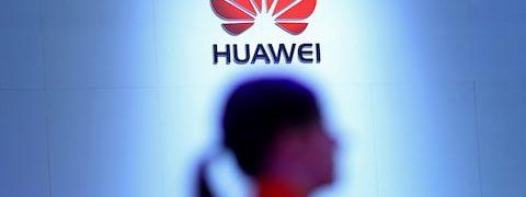 Usa-Cina, ultime notizie Google blocca vendite a Huawei