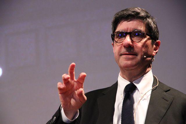 Il giornalista italiano Gianni Riotta
