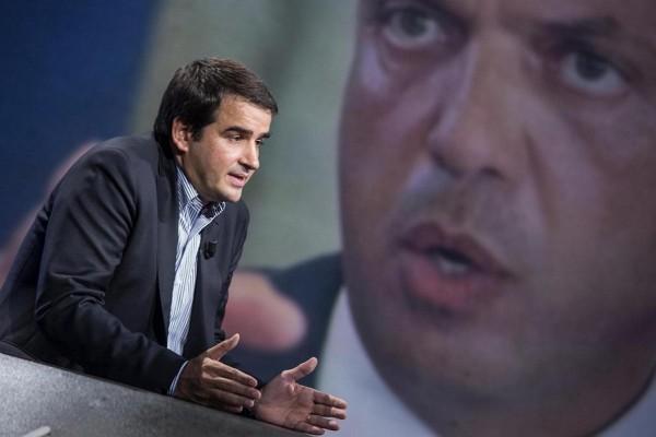 """Forza Italia, Fitto ad Alfano """"Possibile riunirsi"""""""