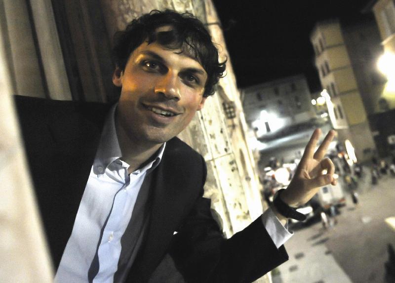 Perugia, inaspettata vittoria del centrodestra. Il giovane ...