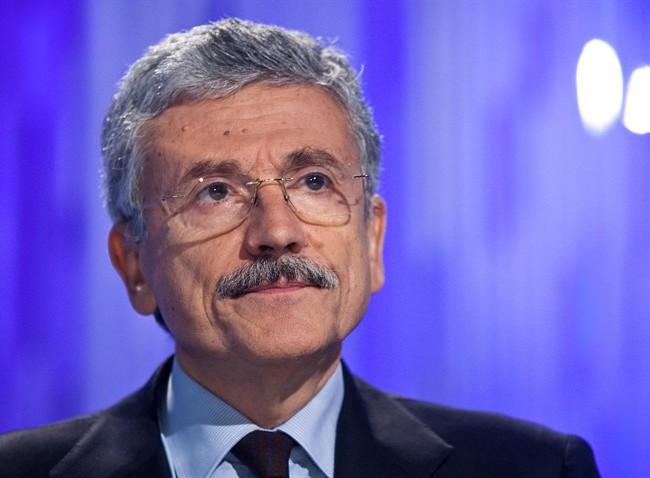 Massimo D'Alema, Isis, Grillo, Sunniti
