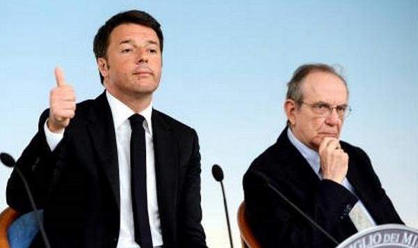 il premier renzi ed il ministro dell'economia padoan in conferenza stampa