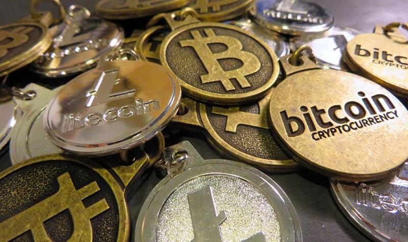 Bitcoin, da Singapore ecco la carta di credito