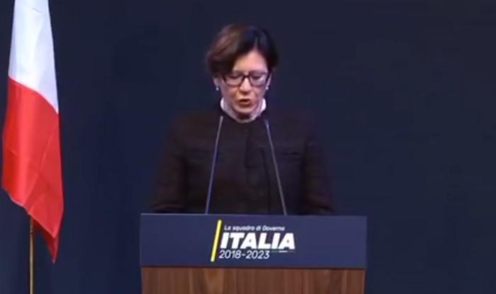 Elisabetta Trenta: chi è il nuovo ministro della Difesa M5S