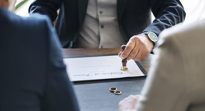 Assegno divorzile ricalcolo sentenza