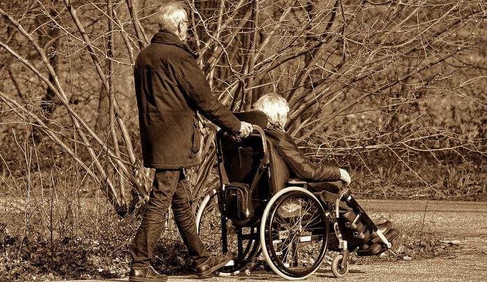 Pensione di invalidità al 100%: patologie e agevolazioni