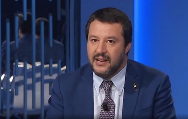 Quanto guadagna Matteo Salvini? Pensioni notizie oggi Quota 100 senza penalizzazioni, Matteo Salvini 'in partenza'