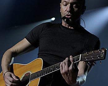 Biagio Antonacci: canzoni, moglie e tour 2019. La carriera