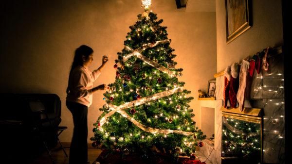 Addobbi Natalizi 2019 Tendenze.Albero Di Natale 2018 Tendenze Colori E Fai Da Te Come Addobbare
