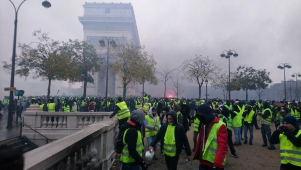 Gilet gialli, ultime notizie: 8 dicembre nuova manifestazione