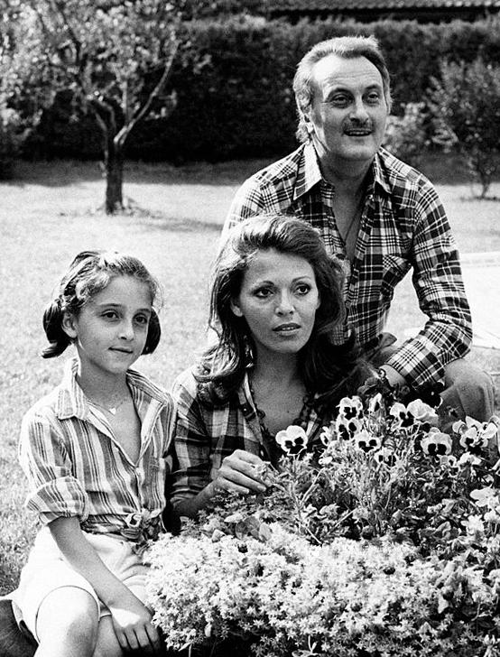 Valeria Fabrizi: malattia, marito, figlia ed età. Cosa ha l'attrice
