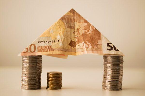Acquisto prima casa: imposte da pagare e costi fissi. Il calcolo