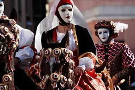 Buona festa di Carnevale 2019 proverbi, citazioni e post Facebook