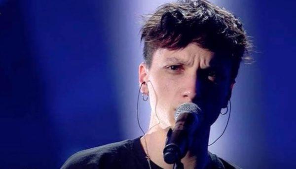 I tuoi particolari testo canzone Ultimo a Sanremo 2019. Il significato