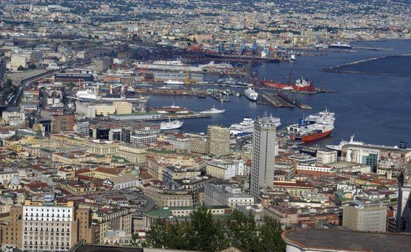 Cosa vedere a Napoli e dintorni in 2 giorni, i 10 luoghi imperdibili
