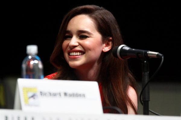 Emilia Clarke malattia e carriera dell'attrice de Il Trono di Spade, come sta