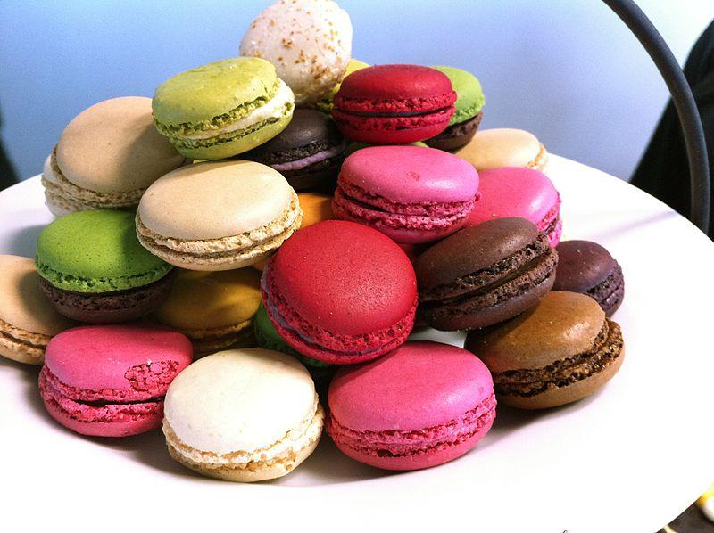 Macarons, ricetta originale francese e calorie per la festa della donna