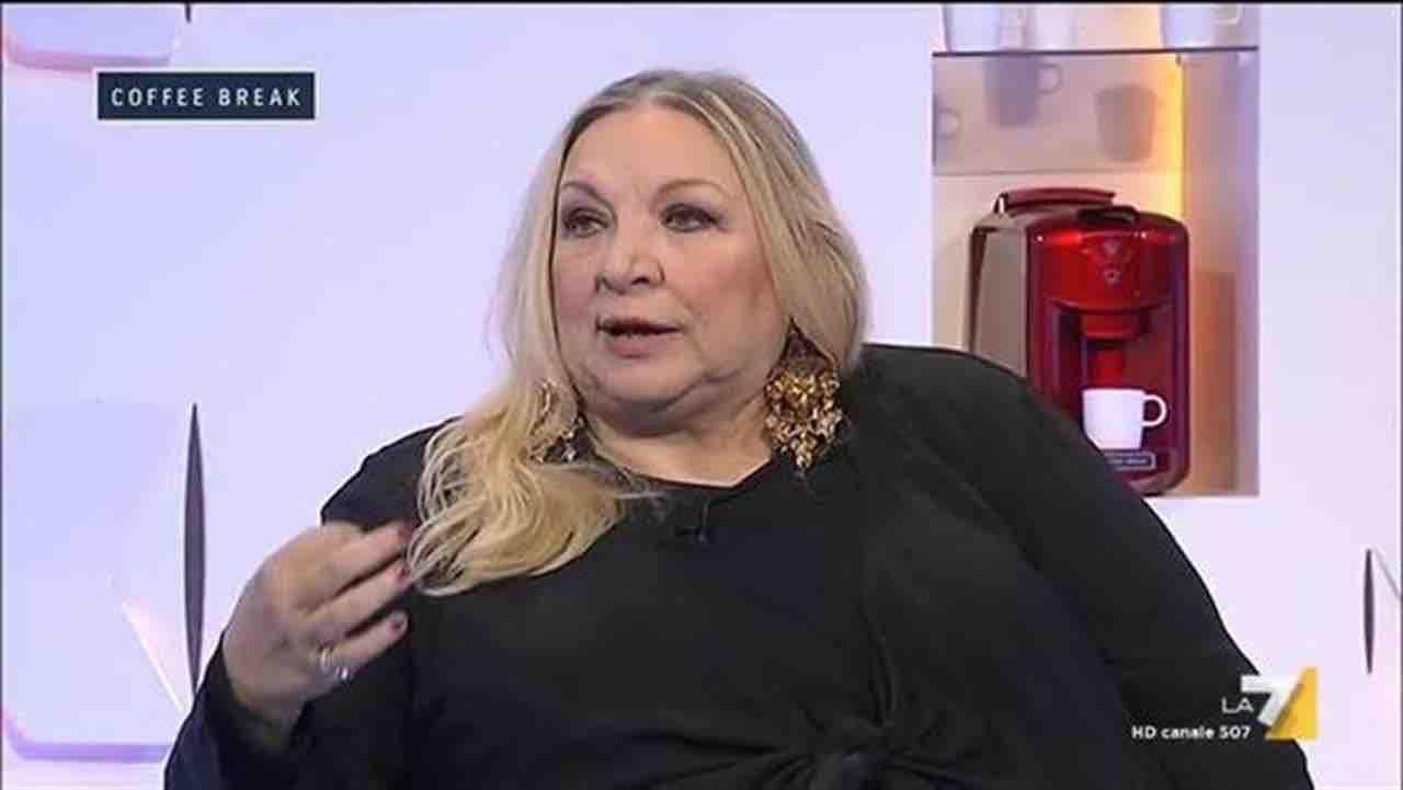 Maria Giovanna Maglie: chi è, laurea e marito. La carriera della giornalista