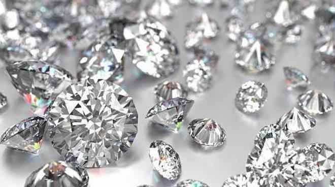 Truffa diamanti banche: rimborso e cosa rischiano Unicredit-Bpm