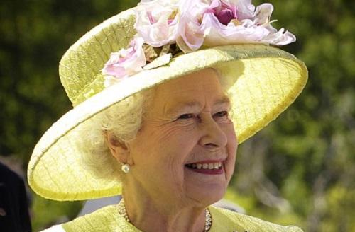Quanto guadagna la Regina Elisabetta II
