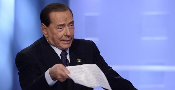 Pensioni ultima ora minime a 1000 euro per tutti, Berlusconi rilancia