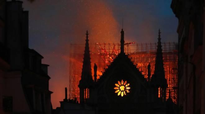 Quanto ci vorrà per ricostruire Notre Dame: costo e tempo restauro
