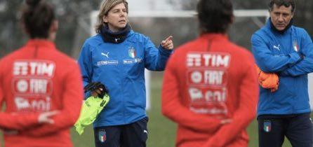 Calendario Femminile.Mondiali Calcio Femminile 2019 Calendario Italia E Orari Tv Rai