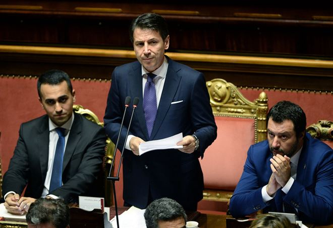 "Governo ultime notizie: salario minimo, Salvini ""prima ridurre tasse"""