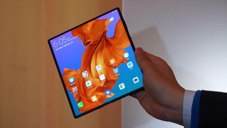 Huawei Mate X: uscita posticipata, la data di commercializzazione