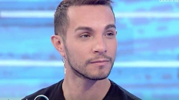 Marco Carta arrestato per furto a Milano, processo per direttissima