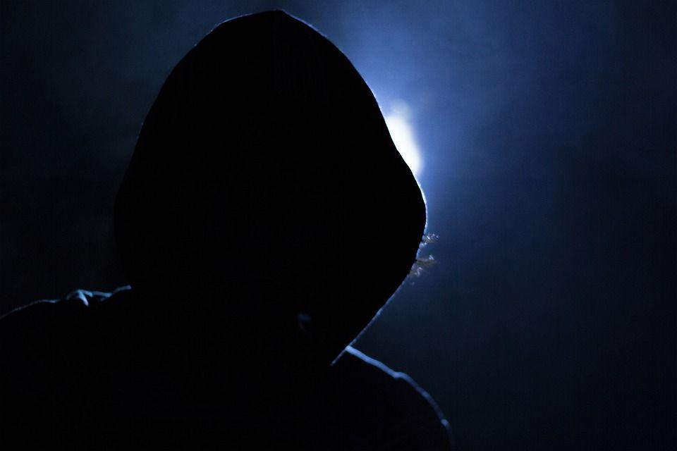 Profilo hackerato Facebook o Instagram come capirlo e quando denunciare