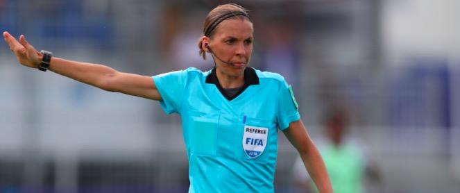 Chi è Stephanie Frappart: l'arbitro della Supercoppa Uefa 2019