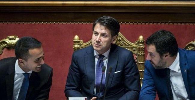 """Crisi di governo: Di Maio """"vediamo chi vuole andare avanti"""""""