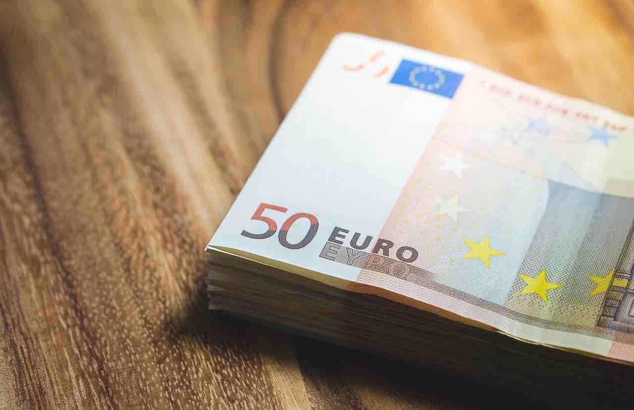 Mazzetta di banconote da 50 euro