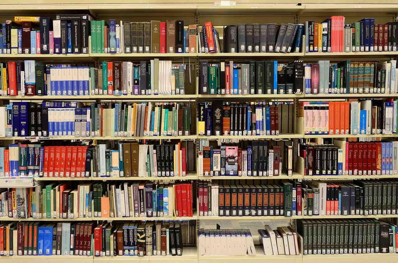 Libreria di una scuola