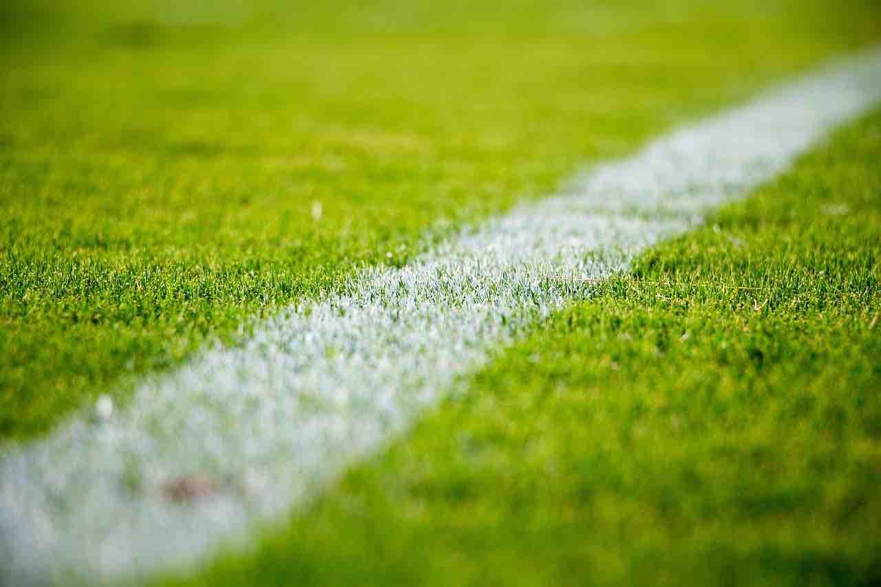 Linea campo da calcio