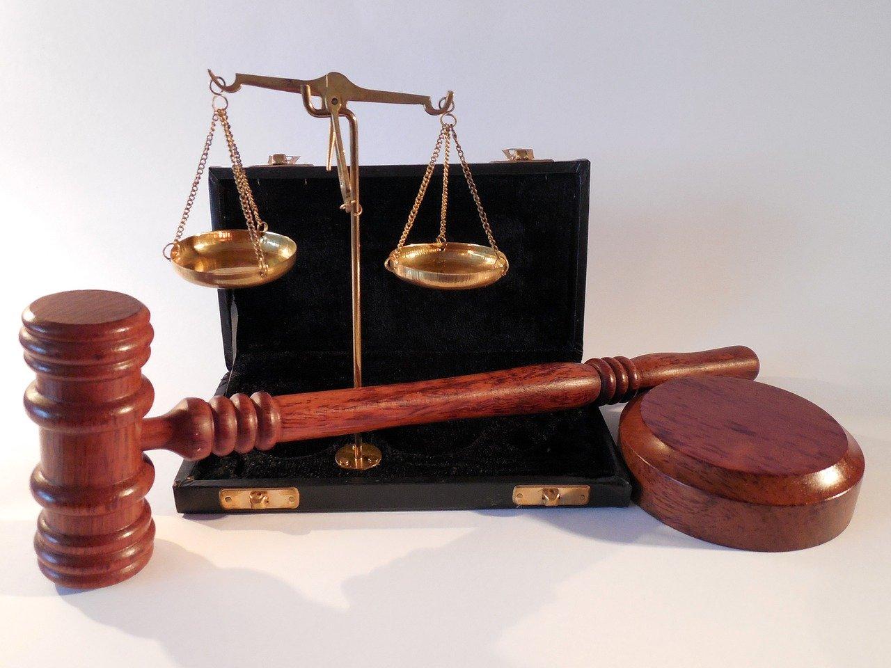 Illecito deontologico avvocati cos'è, quando scatta e prezzi di concorrenza