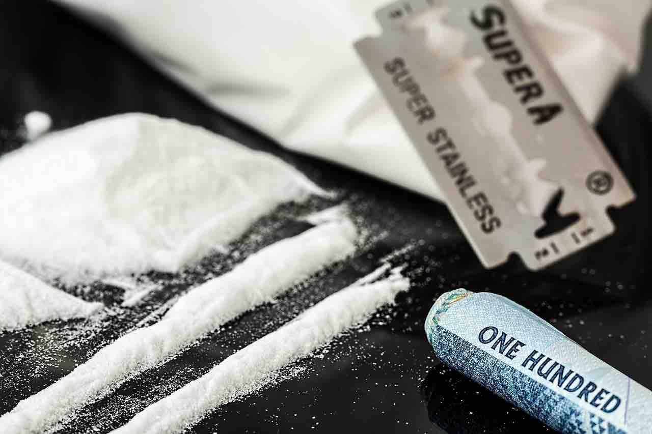 Striscia di cocaina